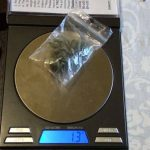 Persoană arestată pentru deținere de droguri de risc