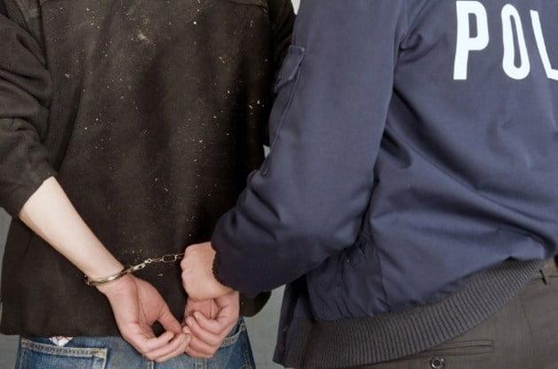 4 ani închisoare pentru săvârșirea infracțiunii de tâlhărie