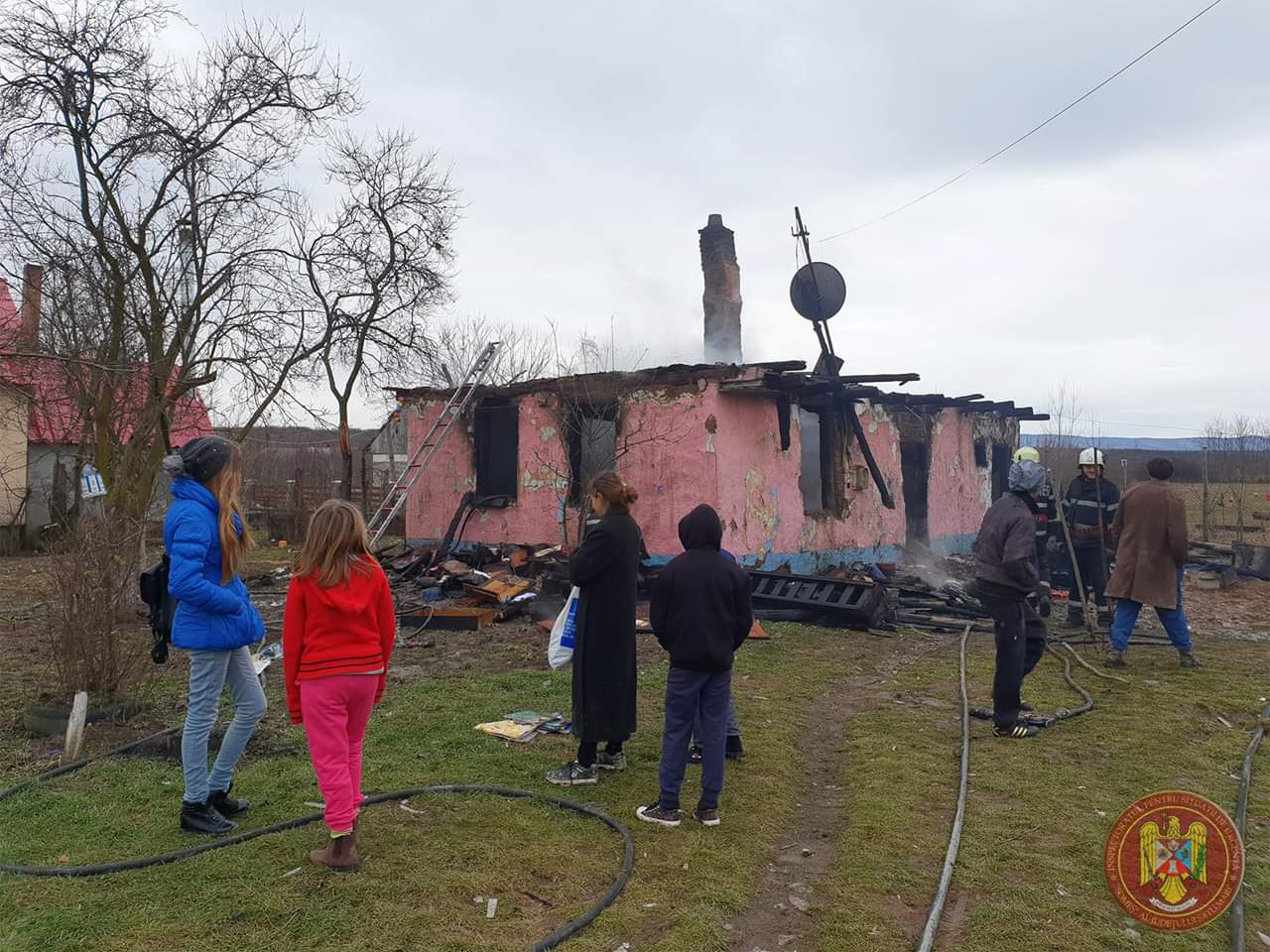 Se adună tot mai multe ajutoare pentru familia din Tătărăști. Mirela Retegan și Gașca Zurli donează încasările de la două spectacole