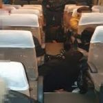 Șase cetăţeni străini, ascunşi  sub podeaua unui  autocar, depistaţi în P.T.F. Giurgiu