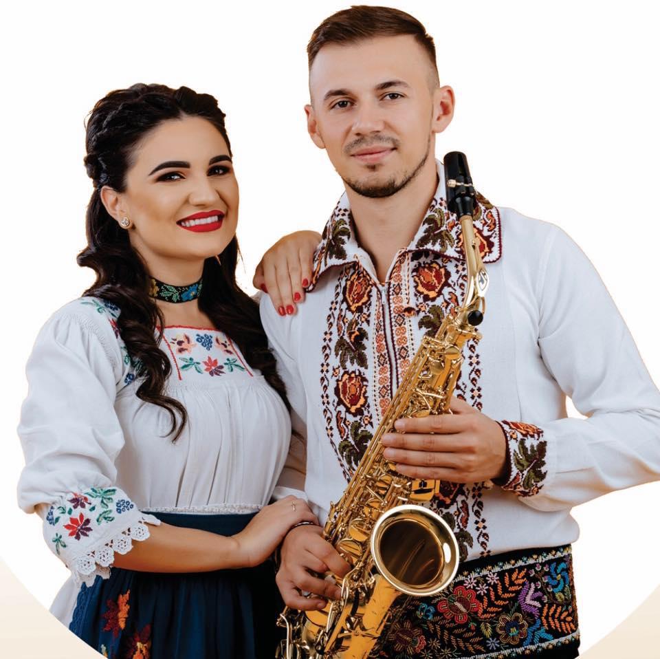 Artista Andrada Bârsăuan se pregătește de cununie – 2 nunți, peste 1000 de invitați și peste 10 perechi de nași