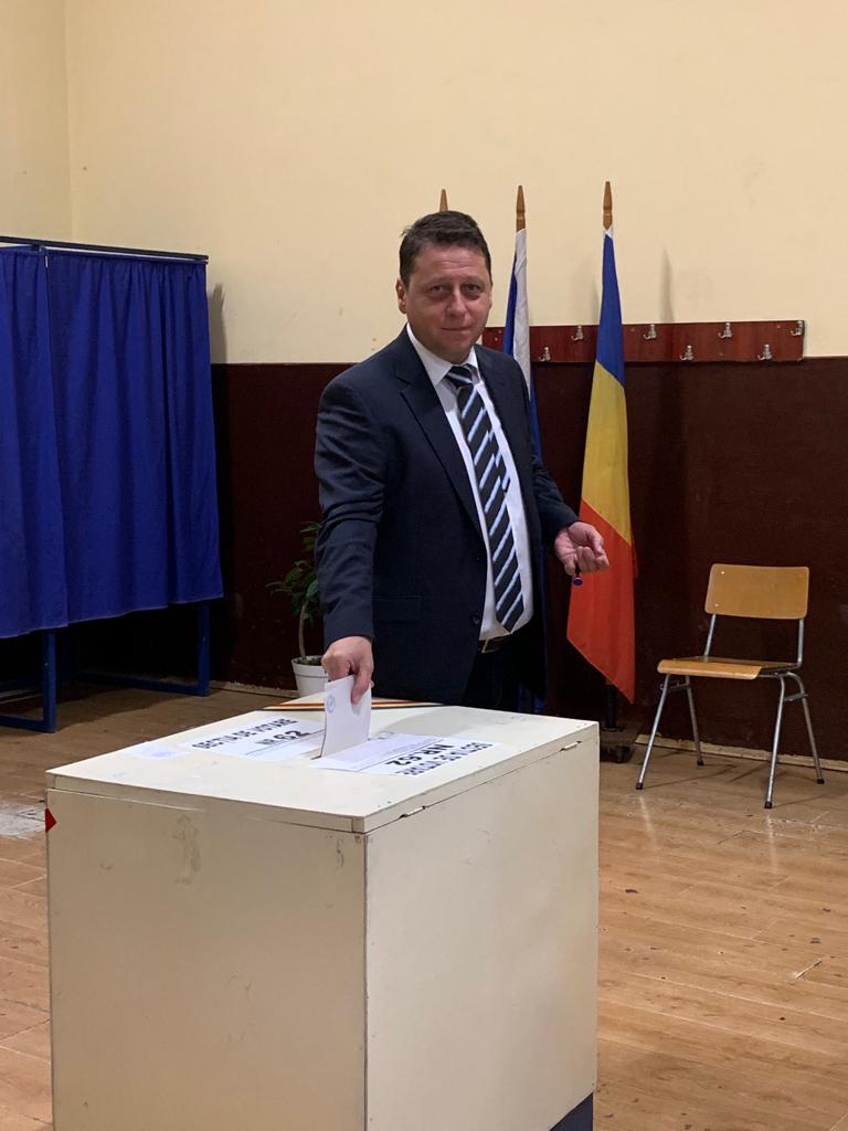 """Deputatul Romeo Nicoară, după vot :""""Eu am votat cu o certitudine"""""""