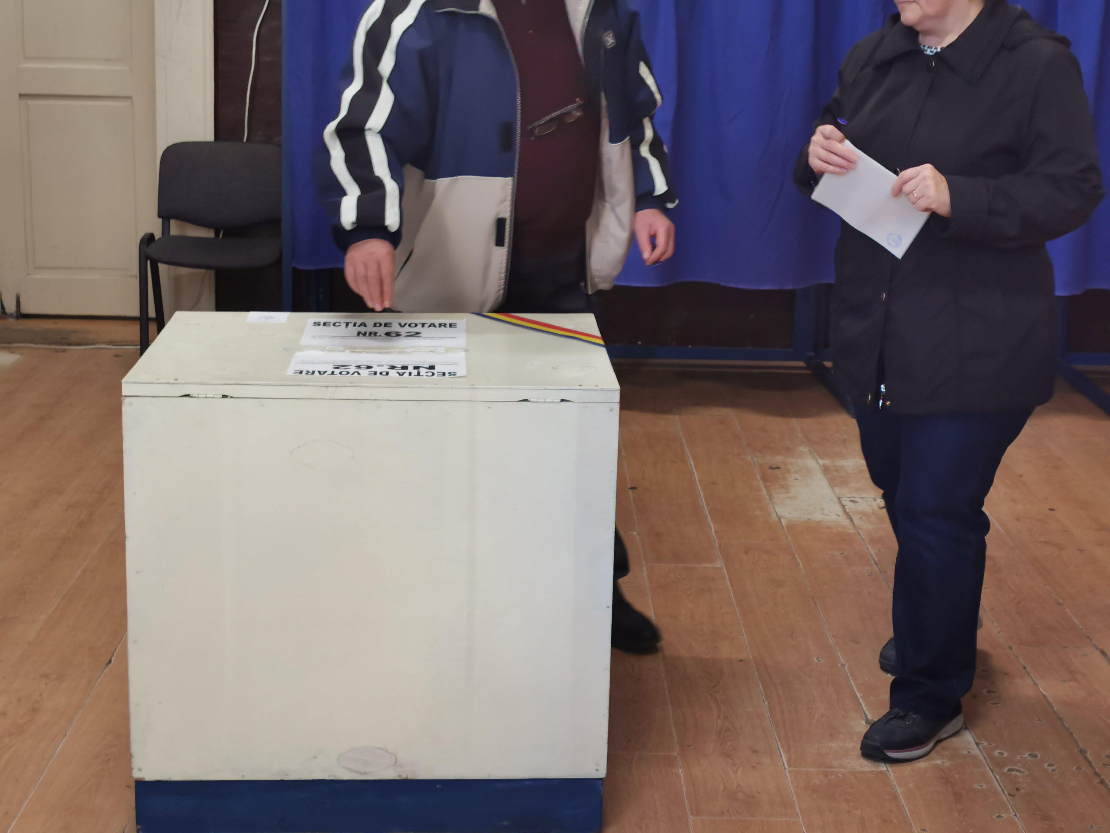ALEGERI PREZIDENȚIALE 2019! Satu Mare mai urcă un loc în clasamentul prezenței la vot – câți sătmăreni au votat