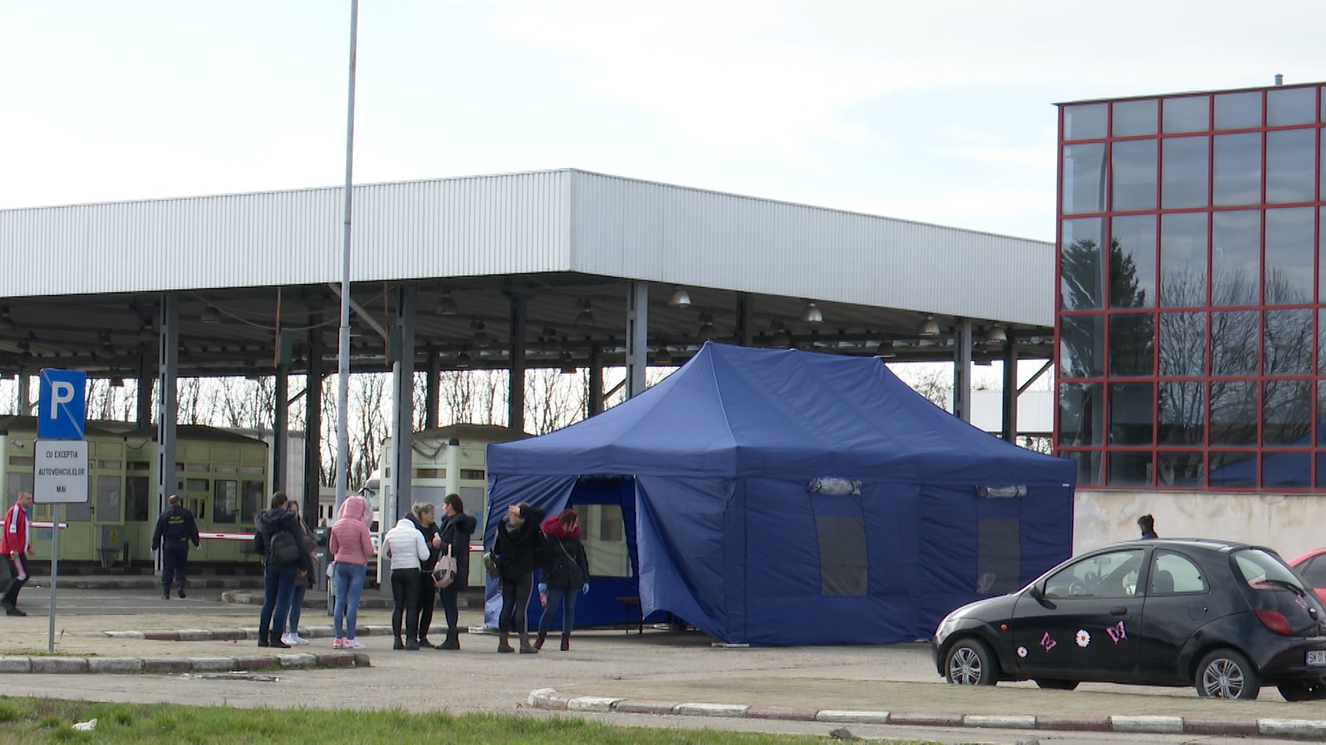 Încă 300 de persoane din Diaspora au intrat în România pe la Petea