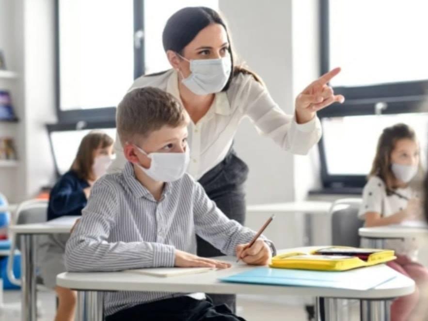 """Deputatul Ioana Bran, în prag de începerea noului an școlar: """" Educația trebuie să continue"""""""