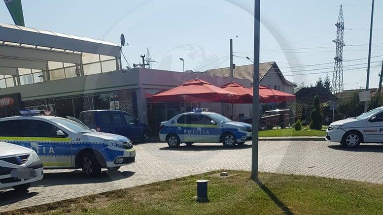 Un bărbat a fost înjunghiat pe terasa unei benzinării din Satu Mare