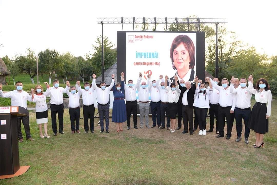 Primarul Aurelia Fedorca, candidatul PSD la Negrești Oaș, își prezintă echipa câștigătoare