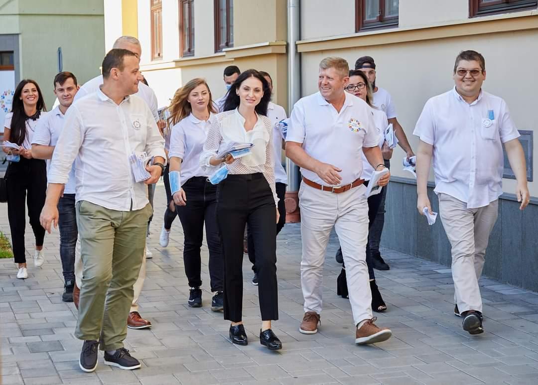 Candidatul ProRomania, Cristina Haiduc îi răspunde lui Mihai Huzău, candidatul PMP, cu privire la MasterPlanul pentru Satu Mare