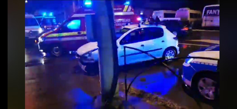 Un sătmărean a decedat la volan și a ajuns cu mașina într-un bar